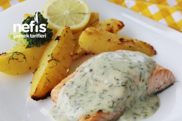 Fırında Patatesli Ve Özel Soslu Somon Balığı Tarifi