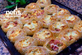 Pizza Poğaça (Videolu) Tarifi