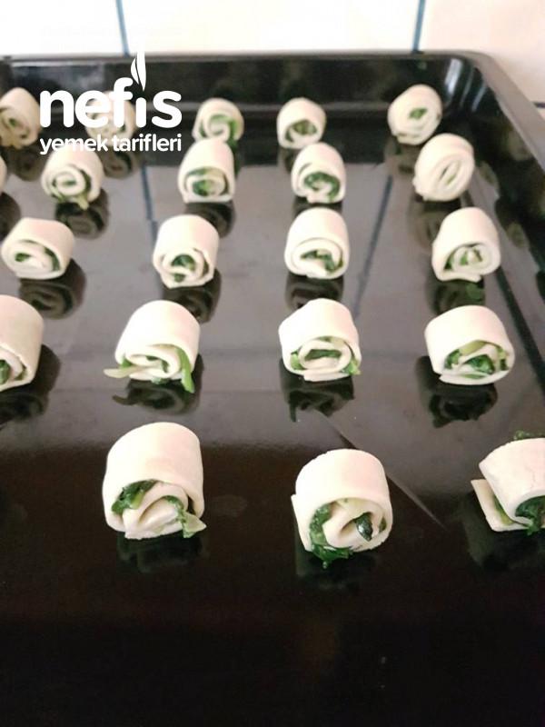 Lokmalık Ispanaklı Milföy Ruloları