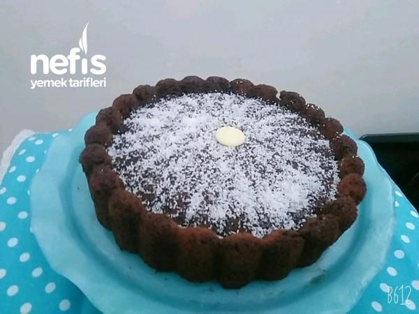 Tart Kabında Pamuk Gibi Islak Kek