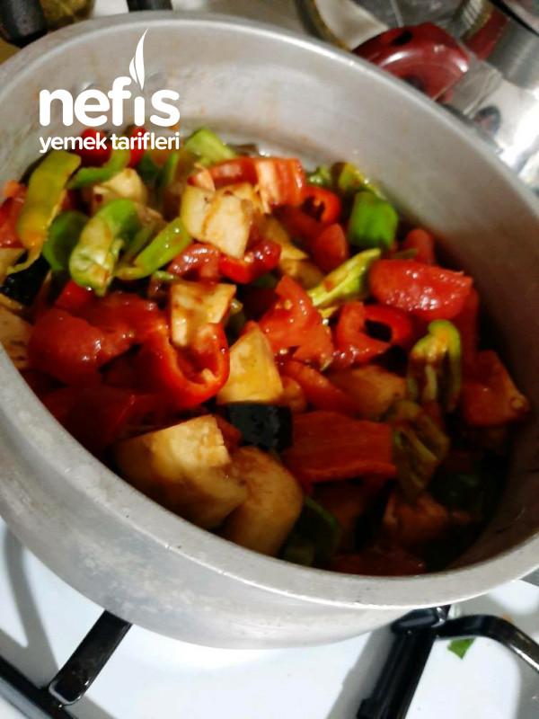 Biberli Patlıcanlı Kavurma