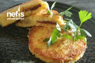 Kaşar Peyniri Ve Sucuklu Patates Tostu (Tavada) Tarifi