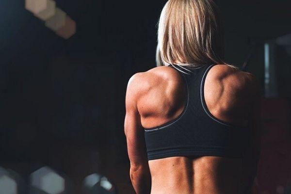 fit kadın vücudu