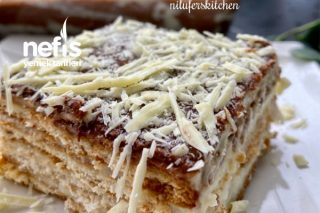 Nefis Kremasıyla Bisküvili Pasta Tarifi