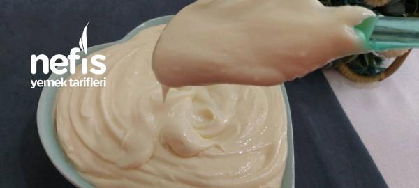 İpeksi Dokusuyla Pasta Kreması