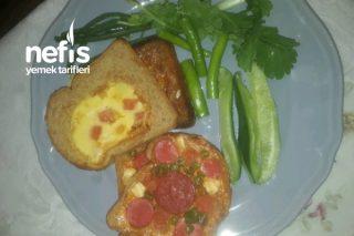 Kahvaltılık Yalancı Pizza Ve Yumurtalı Ekmek (Tam Buğday) Tarifi