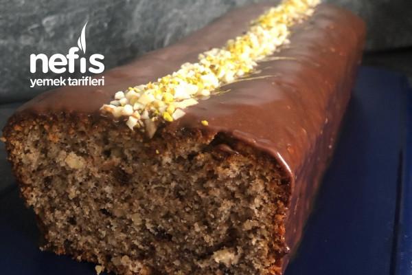 Badem Aromalı Cevizli Çikolatalı Kek Tarifi