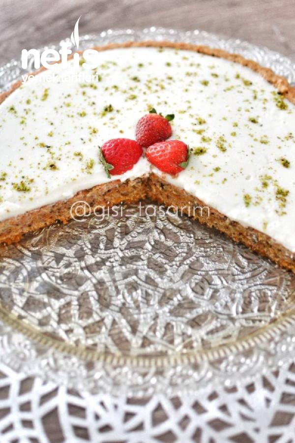Kremalı Havuçlu Kek (Tart Kalıbında)