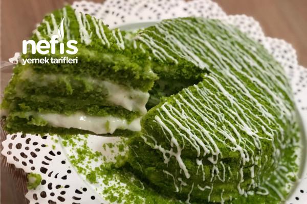 Damaklarda Tat Bırakacak Enfes Ispanaklı Pasta Tarifi