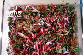 Kırmızı Pancarlı Karışık Salata Tarifi