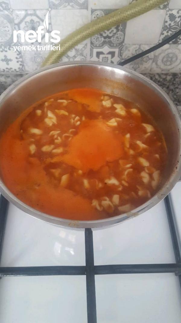 Sulu Mantı Yemegi