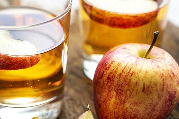 Elma Sirkesi İçmenin 10 Mucizevi Faydası Tarifi
