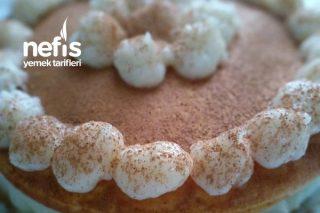 Hazırladıktan 10 Dakika Sonra Yemeye Hazır Pankek Pastası Tarifi