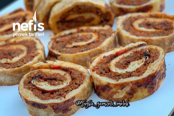 Rulo Lahmacun Böreği (Müthiş Lezzette) Tarifi