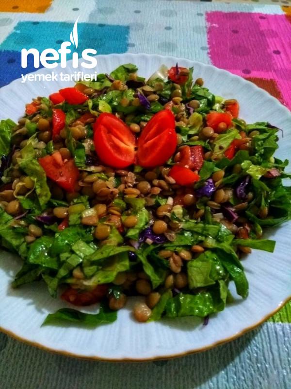 Yeşil Mercimekli Fit Salata