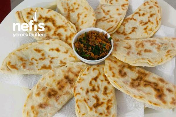 Çörekçikler (Ispanaklı, Kıymalı) Tarifi