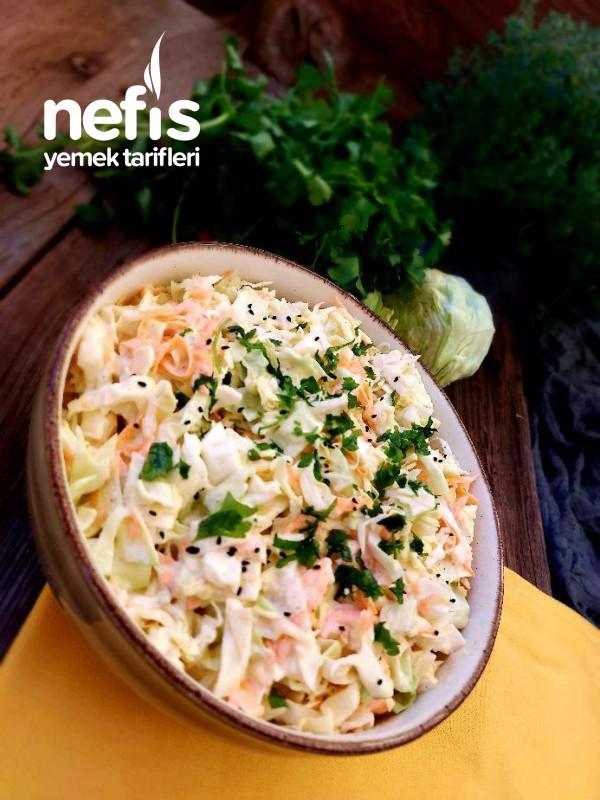 Coleslaw Salatası (Lahana Salatası)
