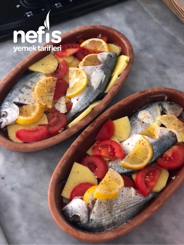 Güveçte Balık (Fırında)