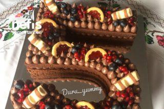 Yaş Pasta (Doğum Günü İçin Rakamlı) Tarifi