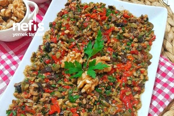 Ezme Zeytin Salatası Tarifi