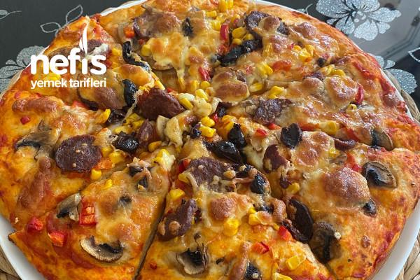 Tadına Doyum Olmaz Yumaşacık Kıvamıyla Pizza Tarifi