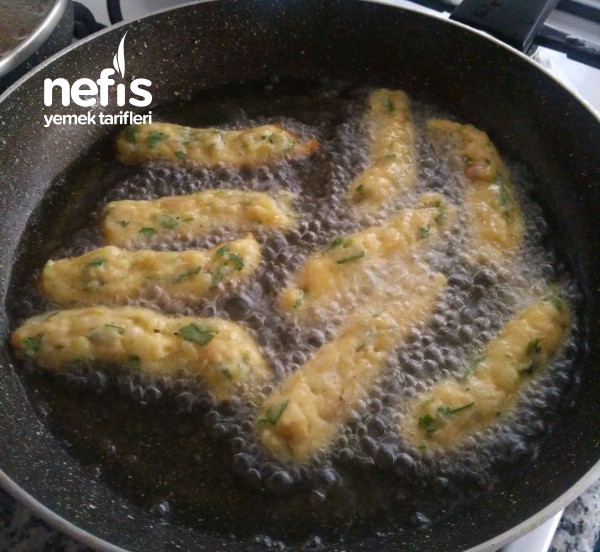 Kahvaltılık Patates Çubukları