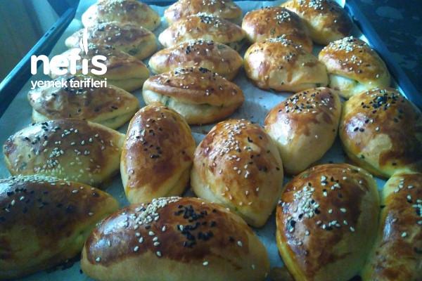 Akşamdan Yoğur Sabah Pişir (Peynirli Poğaça) Tarifi