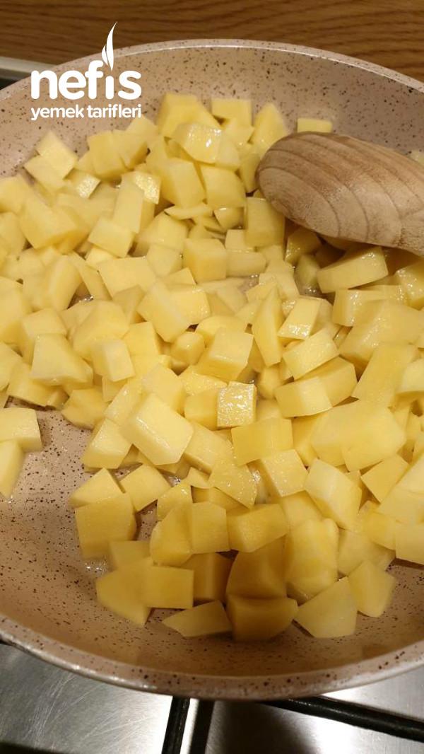 Kahvaltıda Mis Gibi Sucuklu Patates Tartı