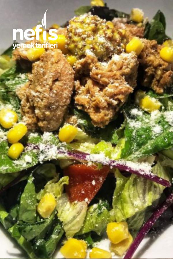Çok Sağlıklı Protein Ve Vitamin Deposu Ton Balıklı Salata Tarifi