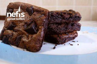 Sadece 3 Malzeme İle Diyet Brownie Kek Tarifi