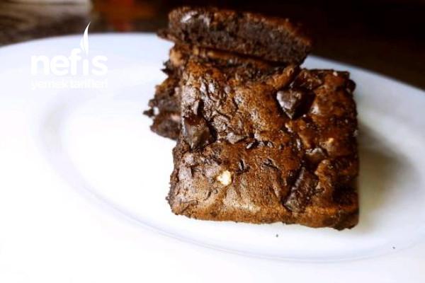 Sadece 3 Malzeme İle Diyet Brownie Kek