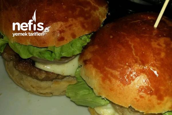 Hamburger Tarifi (Ekmek Ve Köfteyle Beraber)