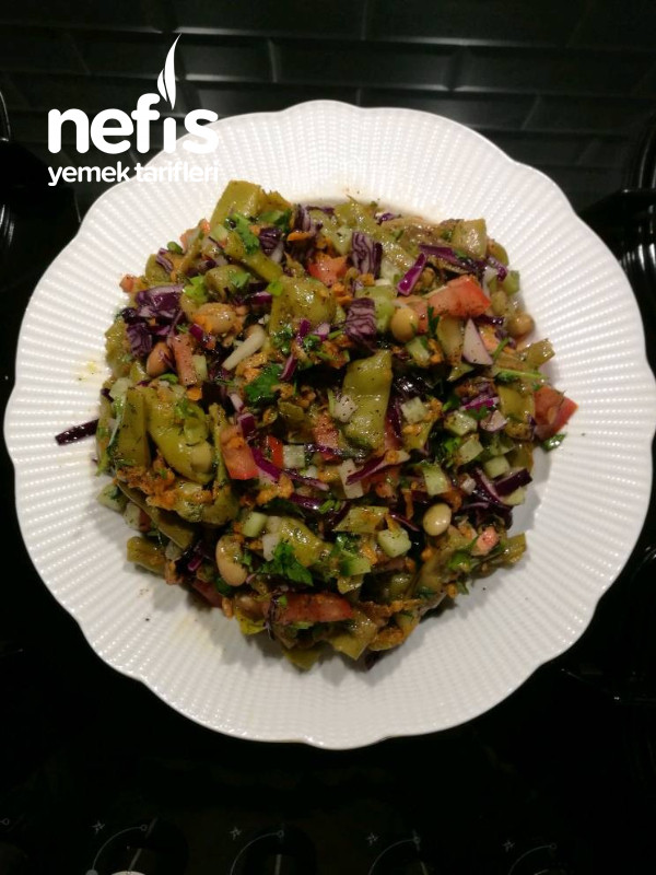 Konserve Fasulye Salatası