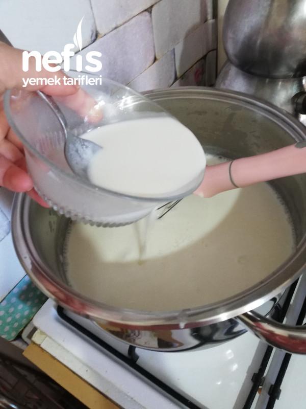 Sütlaç (Yumurtasız Nar Gibi Kızaran)