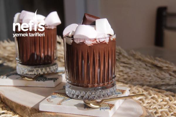 Ev Yapımı Nefis Sıcak Çikolata