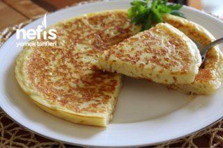 Kolay Tava Böreği (Videolu) Tarifi