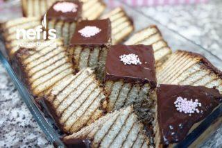 Bisküvili Pasta (Ev Yapımı Pudingle) Tarifi
