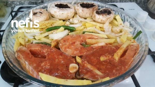 Fırında Somon Balıgı ( Patates,Mantar)