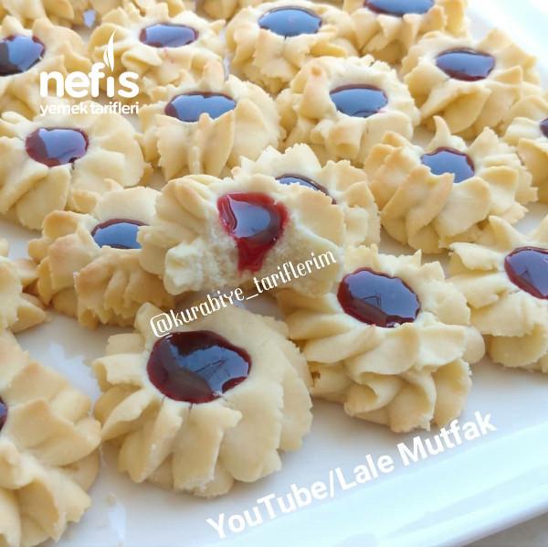 Reçelli Pastane Kurabiyesi