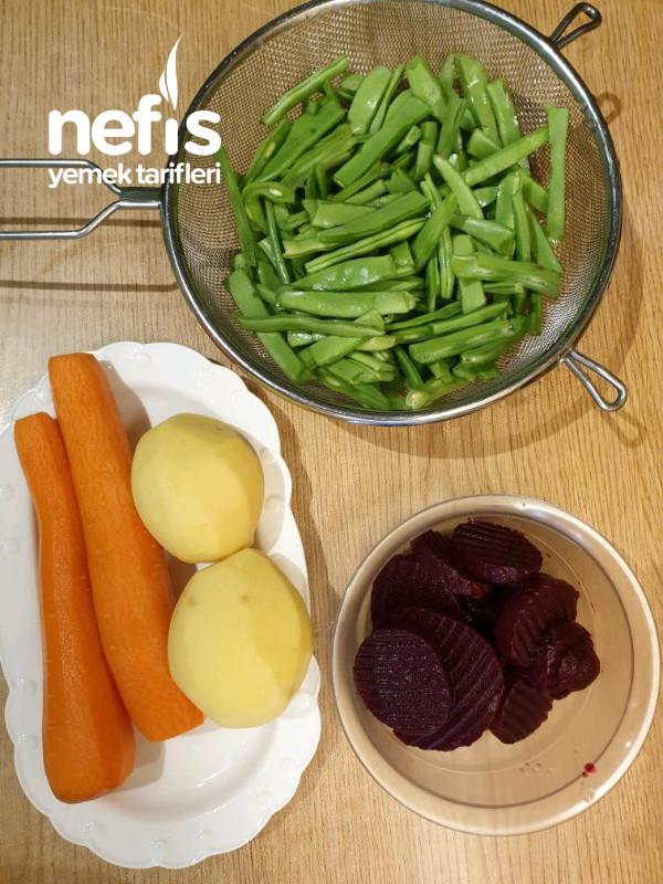 Çökertme Salatası (Diyet Salatası)