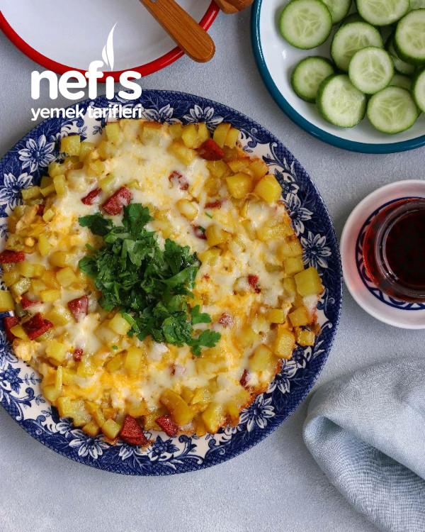 Kahvaltı İçin Yumurtalı Patates