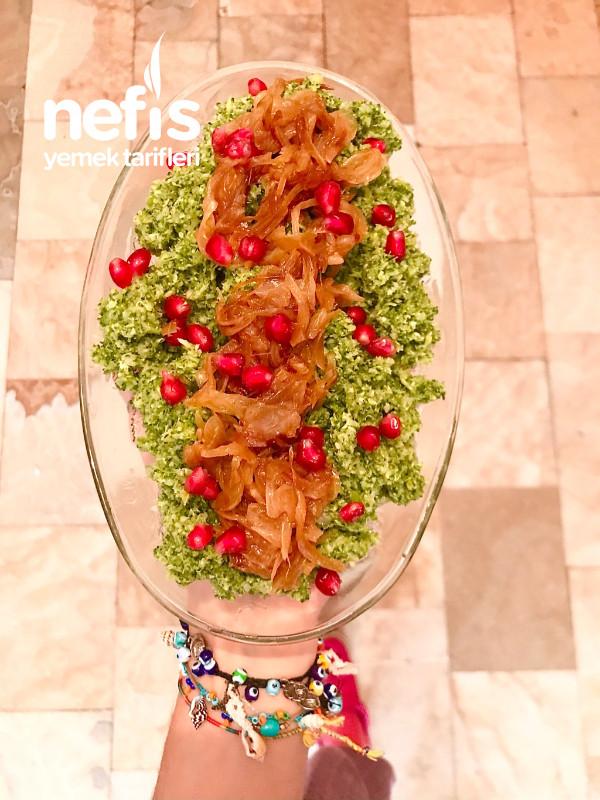 Çiğden Brokoli Mezesi (Karamelize Soğan İle)