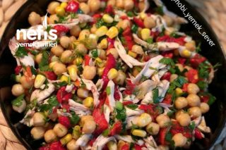 Tavuklu Nohut Salatası Tarifi