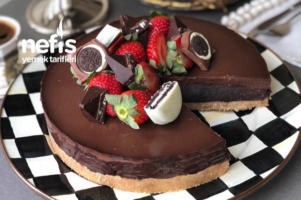 Hindistan Cevizli Bol Çikolatalı Pişmeyen Nefis Pasta Tarifi