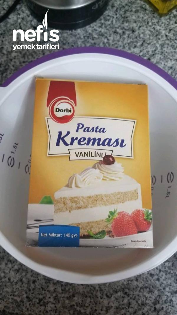 Sadece 4 Malzemeyle Pratik Yaş Pasta