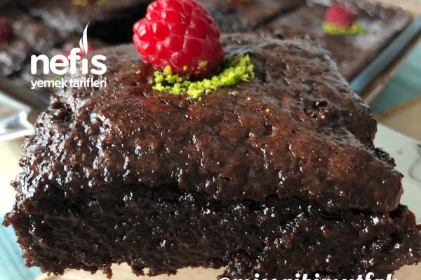 Bol çikolatalı ıslak kek Tarifi