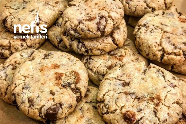 Çikolata Parçacıklı Cookie (İçi Yumuş) Tarifi