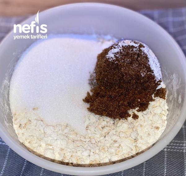 Cikolatali Fudge Ve Karamelize Yulafli Dilimler (İnanilmaz Lezzetli)