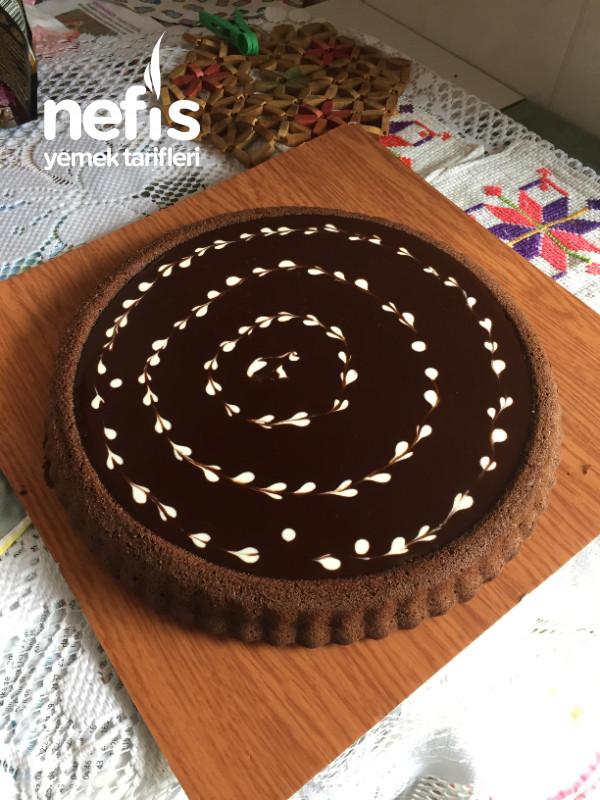Enfes Çikolatalı Tart Kek