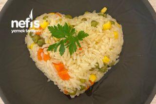 Sebzeli Pirinç Pilavı (2 Kişilik) Tarifi